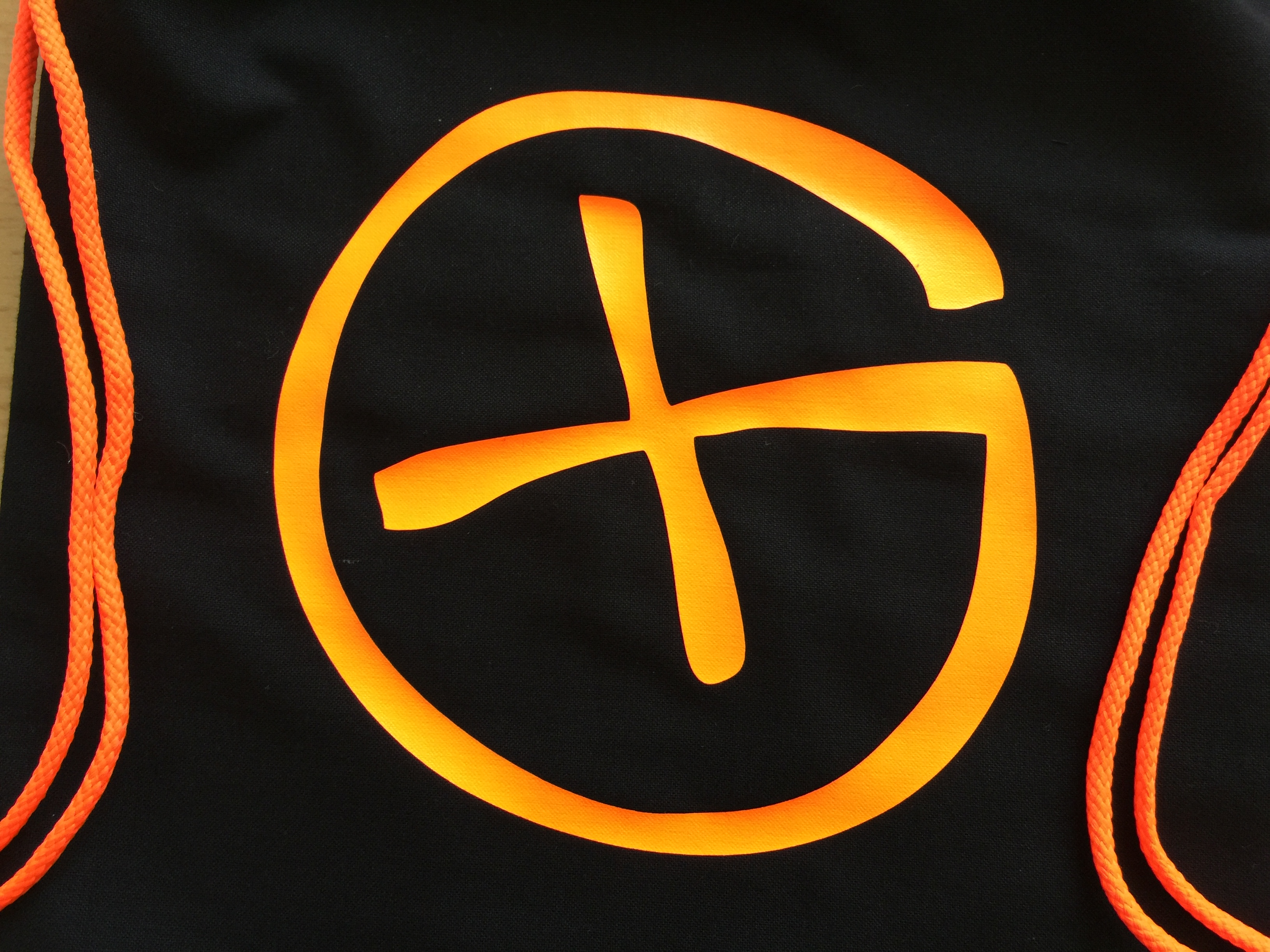 Gymbag (Turnsack) schwarz<br>Opencaching Logo<br>neon-orange