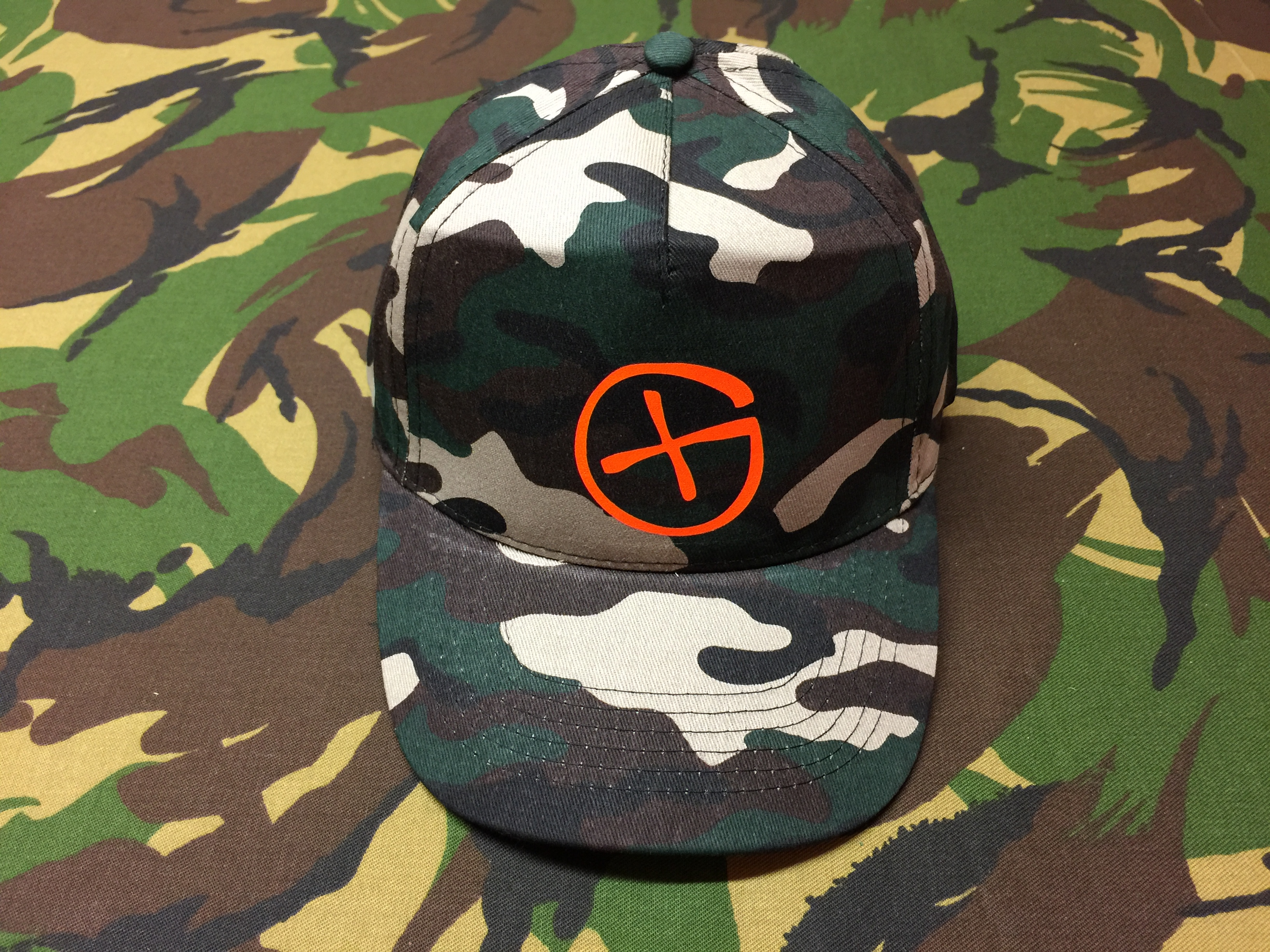Cap Start Five<br>camo<br>Opencaching Logo<br>neon-orange